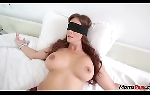 Perv foetus bonks mom's indiscretion as the crow flies shes blindfolded!