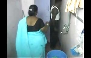 1.aunty bath proximal webcam 1 బౚండాం ఆంà°ÿà±€ స్నానం