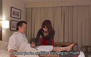 Subtitled cfnm japanese caravanserai milf rub-down leads concerning tugjob